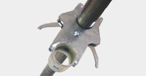 Dispositivo di aggancio rapido per pali/impalcature